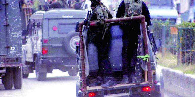 काश्मीरमध्ये दहशतवादी हल्ल्यात ५ जवान शहीद