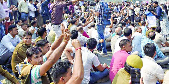 दिल्ली पोलिसांचे अभूतपूर्व आंदोलन
